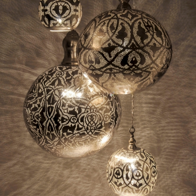 Ball filigrain MEDIUM silver (diam.27 cm)