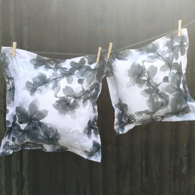 Drėgmei atspari pagalvėlė pilka