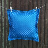 Drėgmei atspari pagalvėlė mėlyna